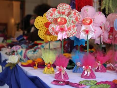 Valdivianas exponen por el Día de la Madre | soychile.