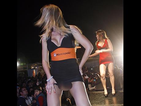 Bolocazo de brasileña en Feria del Transportes de Antofagasta (Fotos ...