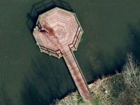 Google Maps captó una escena que parece un asesinato en Holanda