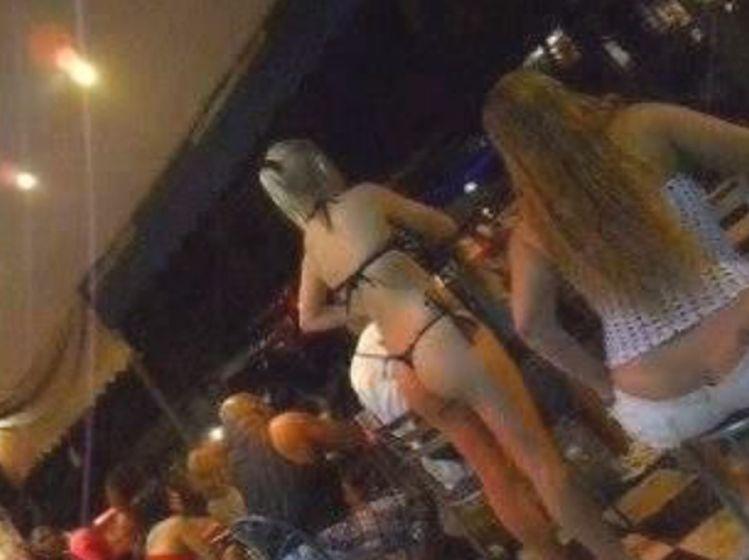 prostitutas en rio de janeiro mujer se ofrece por dinero